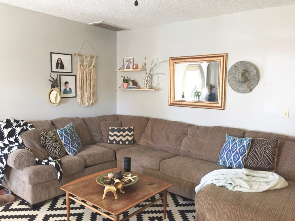 Minimalist Living Room Decor/ Clutter Free For Me • Lala & Zo
